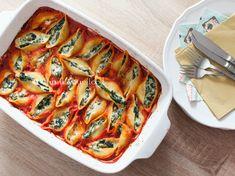 Muszle nadziewane szpinakiem, ricottą i mozzarellą | Smaki Asi Ricotta, Mozzarella, Vegetable Pizza, Vegetables, Fit, Shape, Vegetable Recipes, Veggies