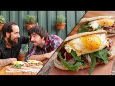 (1) Sandwich de Bondiola Desmenuzada con Pan Casero | Cook & Laucha 2x1 - YouTube Sandwiches, Curry, Grilling Recipes, Summer Recipes, Hamburger, Tacos, Food And Drink, Bread, Ethnic Recipes