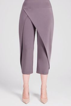 These cropped pants have a wrap look front with relaxed tapered legs. Thick yoke style pull on waist. - Stretch jersey knit - Inseam: - Polyester, Spandex - Hand-wash cold inside out, lay flat to dry - Made in Canada - Style # 27144 Fashion Sewing, 90s Fashion, African Fashion, Fashion Pants, Hijab Fashion, Modest Fashion, Fashion Dresses, Pants Pattern, Blouse Designs