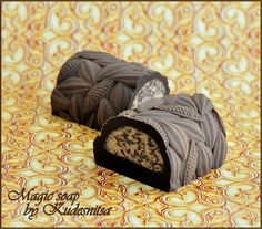 Magic soap by Kudesnitsa: dessert soap Diy Fragrance, Pure Soap, Soap Company, Bath Soap, Cold Process Soap, Soap Recipes, Soap Molds, Home Made Soap, Perfume