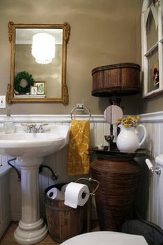 BATHROOM – My Houzz: Meaghan and Trevor: Welland, ON - eclectic - bathroom - other metro - Esther Hershcovich