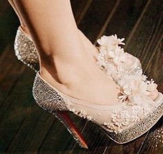 "beautiful shoes by the Movie ""burlesque"" - Christina Aguilera as ""Ally"" :)"