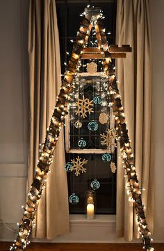 10 cool and unusual Christmas trees- (Ladder Christmas Tree) Ladder Christmas Tree, Unusual Christmas Trees, Different Christmas Trees, Alternative Christmas Tree, Xmas Tree, Christmas Home, Christmas Lights, Christmas Holidays, Christmas Crafts