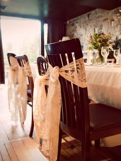 a nice ribon to decorate the chairs for the guest in the reception. simple but beautiful #dreamwedding #ruchebridal