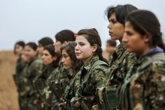 One group battling Islamic State has a secret weapon – female fighters