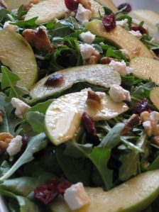 METABOLISM BOOSTING Fruit and Nut Spinach Salad with Mustard Vinaigrette ONLY 284 calories! @LoseWeightByEating