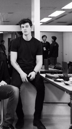 """""""Grim Reaper, the angel of death. The common point of all religions. Most people … the # Fanfiction # Reading # Books # Wattpad Shawn Mendes Imagines, Shawn Mendes Lindo, Shawn Mendes Cute, Gilbert Blythe, Ed Sheeran, Aaliyah, Shawn Mendas, Mendes Army, Chon Mendes"""