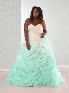 ombre wedding dress! Plus size wedding dress