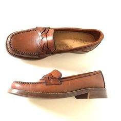 b8989e0f6aa3 Vintage Bass Weejuns Brown Leather Penny Loafers by pascalvintage
