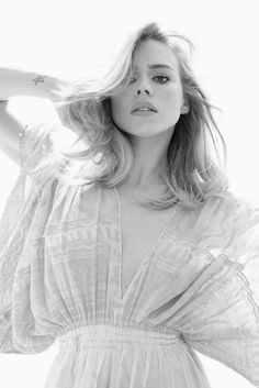 Favourite actress - Billie Piper (duuhh) Catherine Tate is a VERY close second Beautiful Celebrities, Beautiful People, Most Beautiful, Beautiful Women, Perfect People, Billie Piper, Divas, Youtubers, Catherine Tate