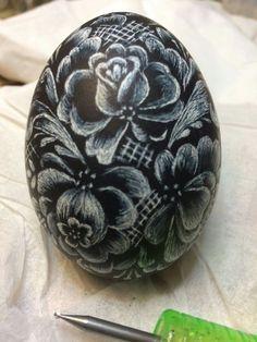 Emu Egg, Egg Shell Art, Ukrainian Easter Eggs, Egg Crafts, Hand Painted Rocks, Egg Art, Pebble Painting, Egg Decorating, Stone Art