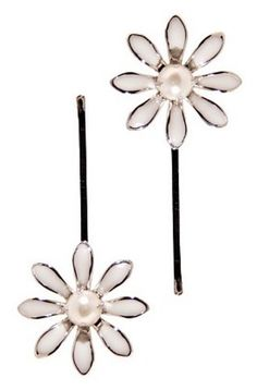These flower bobby pins give a cute floral look to hair.