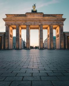 ITAP of the Brandenburg Gate at sunrise by Chris_Hansen_AMA . Berlin Photography, Amazing Photography, Brandenburg Gate, Thinking Day, Famous Landmarks, Berlin Germany, Where To Go, Places To See, Travel Inspiration