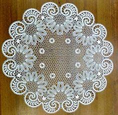 Albüm Arşivi Crochet Thread Patterns, Bobbin Lace Patterns, Crochet Motif, Crochet Doilies, Crochet Lace, Cutwork Embroidery, Embroidery Designs, Vintage Crochet, Vintage Lace