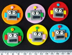 12-CUPCAKE-CAKE-TOPPERS-BIRTHDAY-PARTY-ROBOT