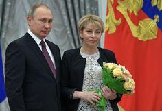 Putin vyhlásil za obete havárie lietadla s Alexandrovovcami štátny smútok