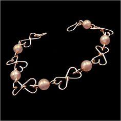 Szív alakú egyedi karkötő az optimizmus és a remény kristályával. Bracelets, Jewelry, Bangles, Jewlery, Jewels, Bracelet, Jewerly, Jewelery, Accessories