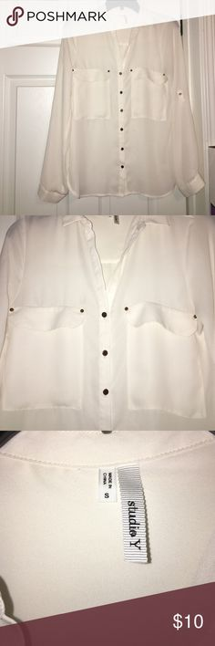 Maurice's White/Off White Button Down Blouse Maurice's White/Off white Button Down Blouse. Gold button accents. Very cute Top can be worn long or 3/4 sleeve. Maurices Tops Button Down Shirts