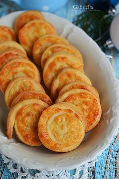 Hungarian Desserts, Hungarian Recipes, No Salt Recipes, Diet Recipes, Cooking Recipes, Bread Dough Recipe, Good Food, Yummy Food, Salty Snacks