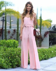 Palazzo Pants Outfit For Work. 14 Budget Palazzo Pant Outfits for Work You Should Try. Palazzo pants for fall casual and boho print. Workwear Fashion, Fall Fashion Outfits, Casual Fall Outfits, Women's Summer Fashion, Fashion Pants, Trendy Outfits, Autumn Fashion, Girl Fashion, Summer Outfits