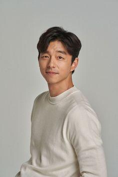 Asian Actors, Korean Actors, Gong Yoo Shirtless, Goong Yoo, Goblin Gong Yoo, Yoo Gong, Sexy Asian Men, Francisco Lachowski, Instyle Magazine