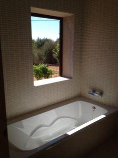 Y así va quedando tras nuestro paso y reforma el baño en Llucmajor (Mallorca)...