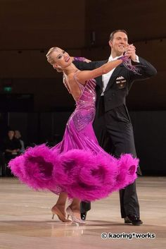 Arunas Bizokas and Katusha Demidova - UK Open Professional Ballroom Jan 2017
