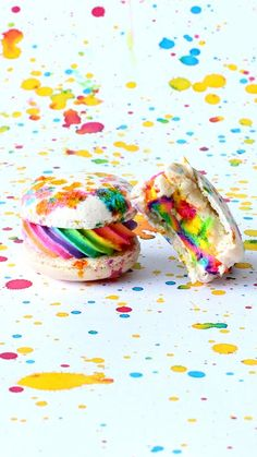 You can experience all the colors of the rainbow, wrapped in these delicious macarons.
