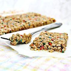 Funfetti chewy granola bars!!