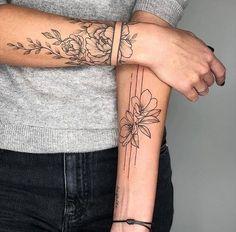 most beautiful arm tattoo design for women 12 ~ thereds.me - most beautiful arm tattoo design for women 12 ~ thereds. Best Sleeve Tattoos, Sleeve Tattoos For Women, Neck Tattoos, Body Art Tattoos, Small Tattoos, Tattos, Girl Arm Tattoos, Spine Tattoos, Mandala Arm Tattoos