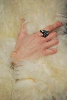 Joseph Meo ring and fur on Gioco di Donne