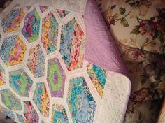 Spring hexagon quilt | Craftsy
