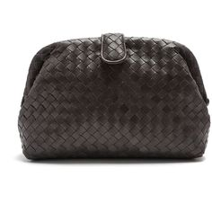 Bottega Veneta The Lauren 1980 intrecciato-leather clutch (€1.805) ❤ liked on Polyvore featuring bags, handbags, clutches, dark grey, leather tote bags, oversized leather tote, bottega veneta clutches, handbags totes and tote purses