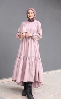 Curvy Girl Outfits, Modest Outfits, Casual Hijab Outfit, Ootd Hijab, Hijab Fashion, Fashion Beauty, Muslim Dress, Muslim Women, Stylish