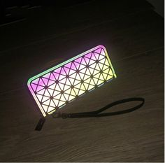 a2ccb2a261 Aliexpress.com   Buy New Japanese Geometric Lingge Clutch Wallets Coin Purse  Stitching Luminous Triangle Baobao Wallet Wristlets Organizer Wallets from  ...