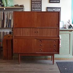 Buffet armoire art deco grand montr al meubles vendre for Meuble antique kijiji