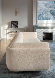 Rustic Home Interior boucle cream sofa with curves to boot.Rustic Home Interior boucle cream sofa with curves to boot Dream Home Design, Home Interior Design, House Design, Design Living Room, Living Room Decor, Sofa Furniture, Furniture Design, Furniture Online, Furniture Outlet