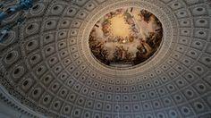 Los murales que describen la independencia de los Estados Unidos y el arte dentro del domo son los que costaron mayor cantidad de dinero y trabajo repararlos