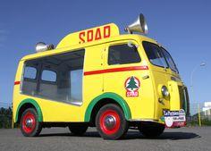 Véhicules anciens publicitaires : véhicule promotionnel – road show