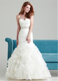 GORGEOUS ORGANZA SATIN MERMAID SWEETHEART NECKLINE NATURAL WAISTLINE WEDDING DRESS IVORY WHITE LACE BRIDAL GOWN