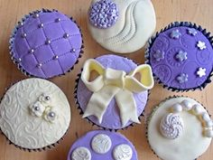 So excited to be going on this course to make such beautiful cupcakes at The Make Lounge :D