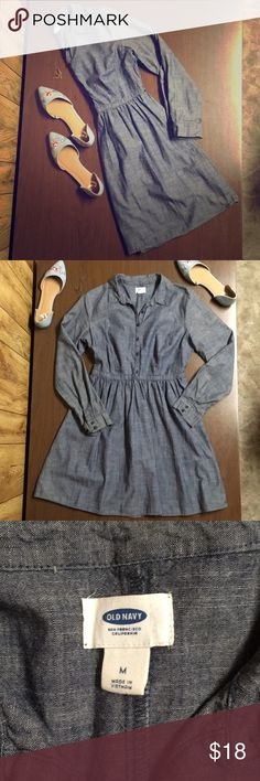 Navy Fitted Button-Up Dress This dress is adorable with boots and tights! Still in great condition! Ready for a new home! Old Navy Dresses Midi