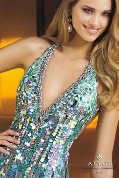 Vestidos de fiesta 2014 y trajes de noche coleccion Alyce Paris.