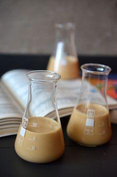 Karamell-Likör mit Whiskey und Kaffee