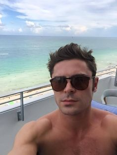 'Neighbors 2' Star Zac Effron Talks Life Post Battle with Alcohol, Drug Addiction - http://www.movienewsguide.com/zac-effron-alcohol-drug-addiction/212814