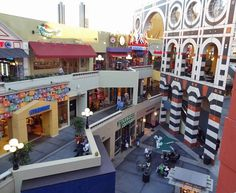 Horton Plaza, San Diego - Get lost in the many shopping stores. There is no other shopping center quite like it!