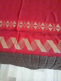 This Pin was discovered by HUZ Bargello Needlepoint, Turkish Fashion, Turkish Style, Valance Curtains, Hand Embroidery, Apron, Bed Pillows, Diy And Crafts, Cross Stitch