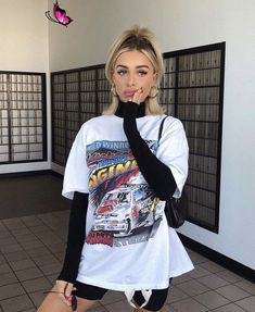 cute outfits fashion  <br> Outfits 90s, Style Outfits, Hipster Outfits, Casual Outfits, Fashionable Outfits, Skater Outfits, Disney Outfits, School Outfits, Edgy Work Outfits