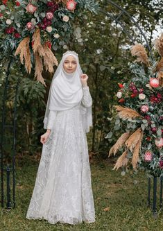 110 wedding hijab styles that are stunning - 110 wedding hijab styles that are stunning – page 11 Muslim Wedding Gown, Hijabi Wedding, Wedding Hijab Styles, Muslimah Wedding Dress, Muslim Brides, Pakistani Wedding Dresses, Wedding Gowns, Malay Wedding Dress, Wedding Cakes
