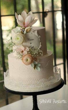 Lace Wedding Cake by Sihirli Pastane - http://cakesdecor.com/cakes/279849-lace-wedding-cake